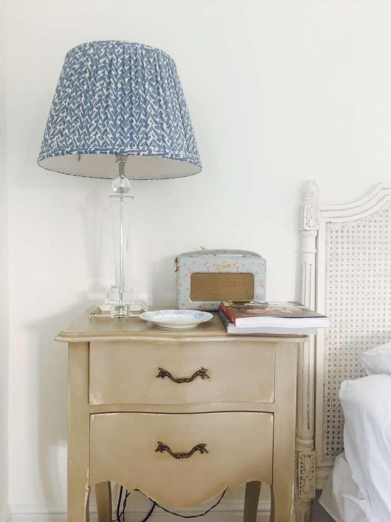 shabby chic bedsite table blue lamp retro floral radio