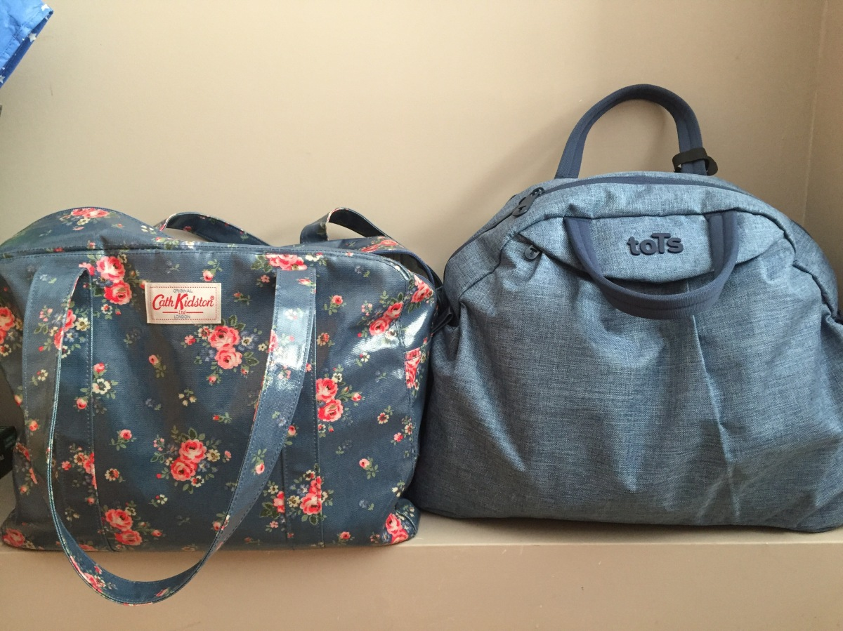 Hospital bags for labour are packed: checklist and tips