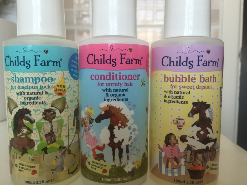 childs farm bathtime set