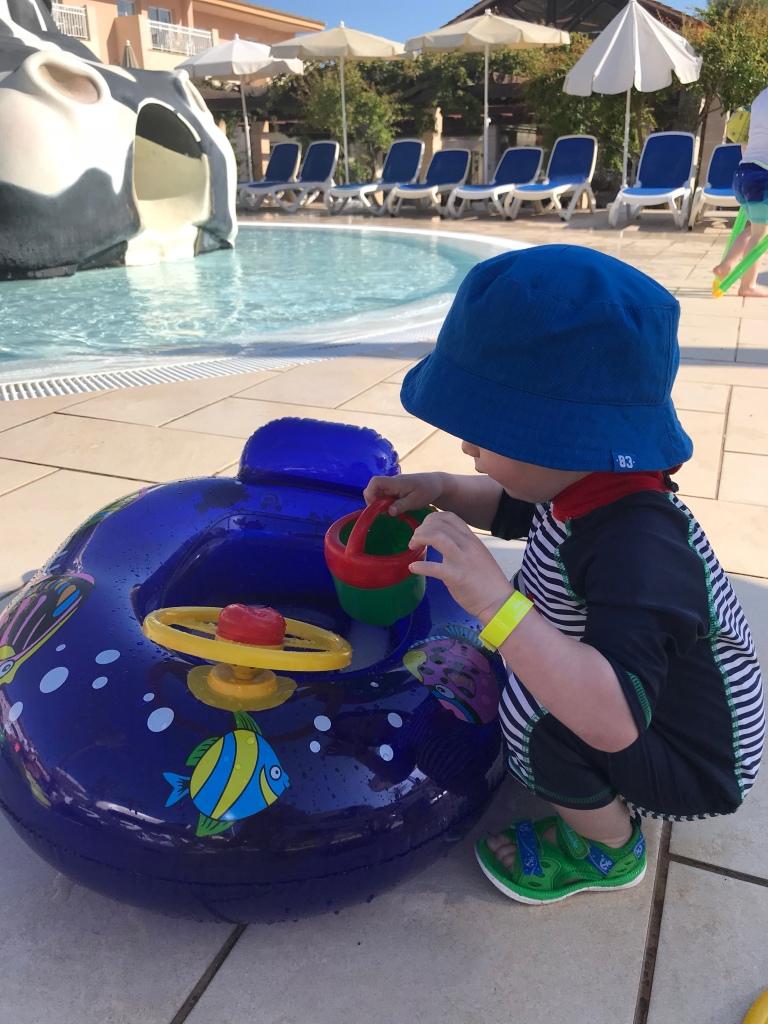 Playamar swimming pool